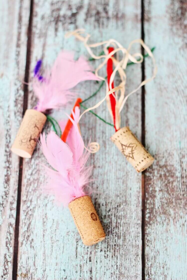 make cat toys out of bottle cork